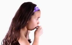 Долгий сухой кашель у ребенка без температуры комаровский лечение